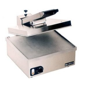 restaurant equipment and supply Vollrath 40793 Single Smooth Panini Grill
